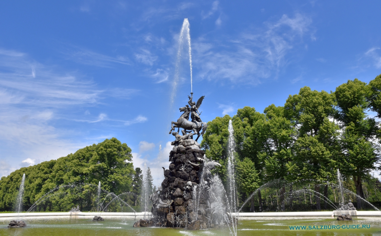 salzburg-guide-chiemsee-palace-fountain-gloria